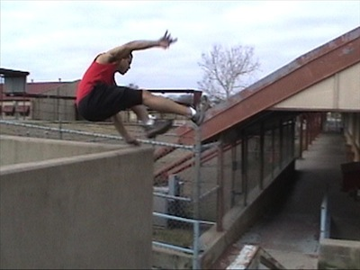 free-running-parkour-vault-michael-lytle